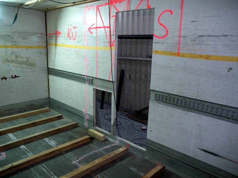 WOMO Umbau Container
